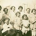 Children 1923 no border