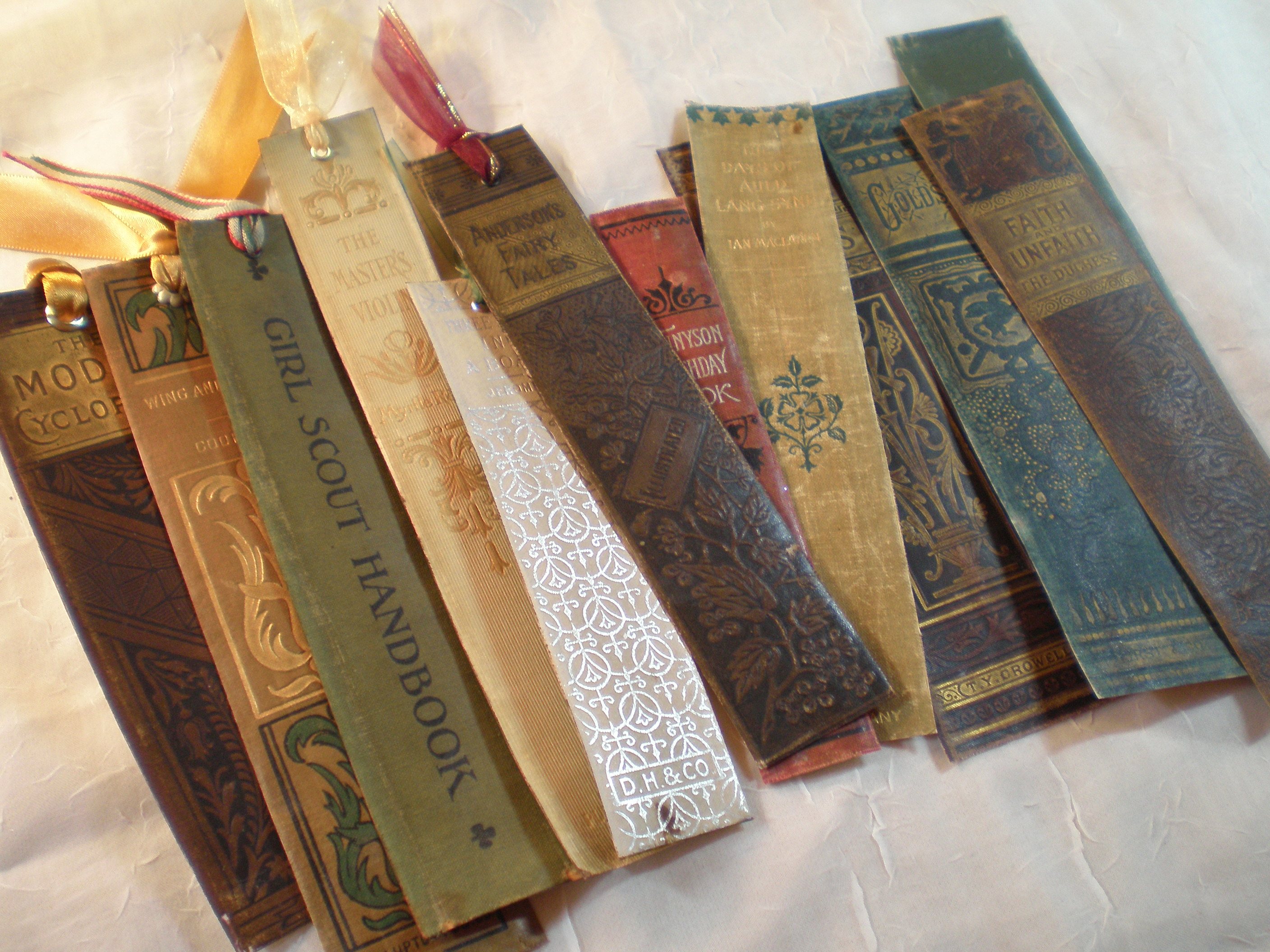 The Salvage Bookmark
