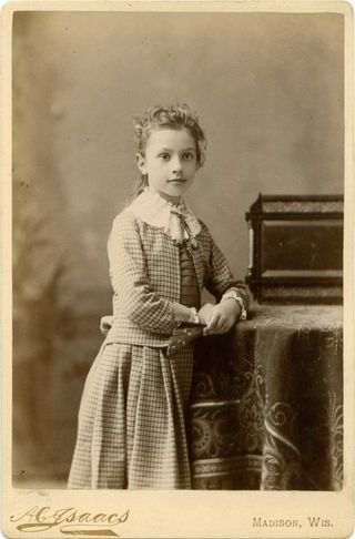 Cabinet Card c