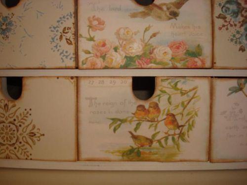 Lisa McIlvain's Bird Box close up